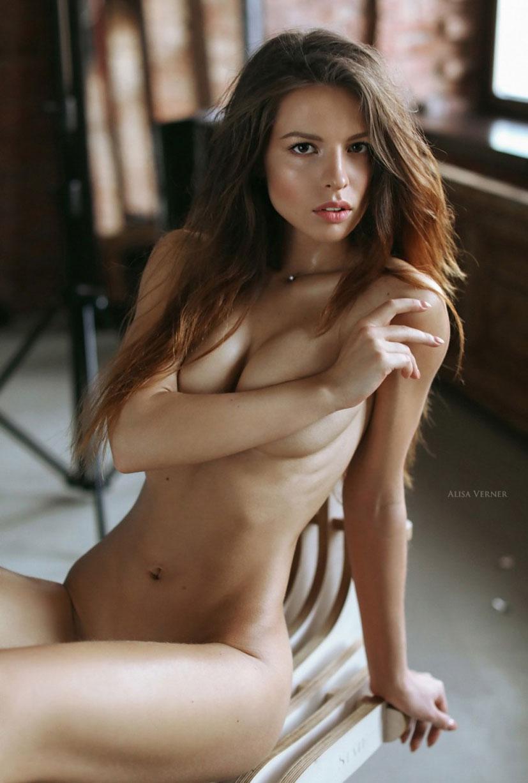 голая Юлия Зубова на фотографиях Алисы Вернер / фото 07