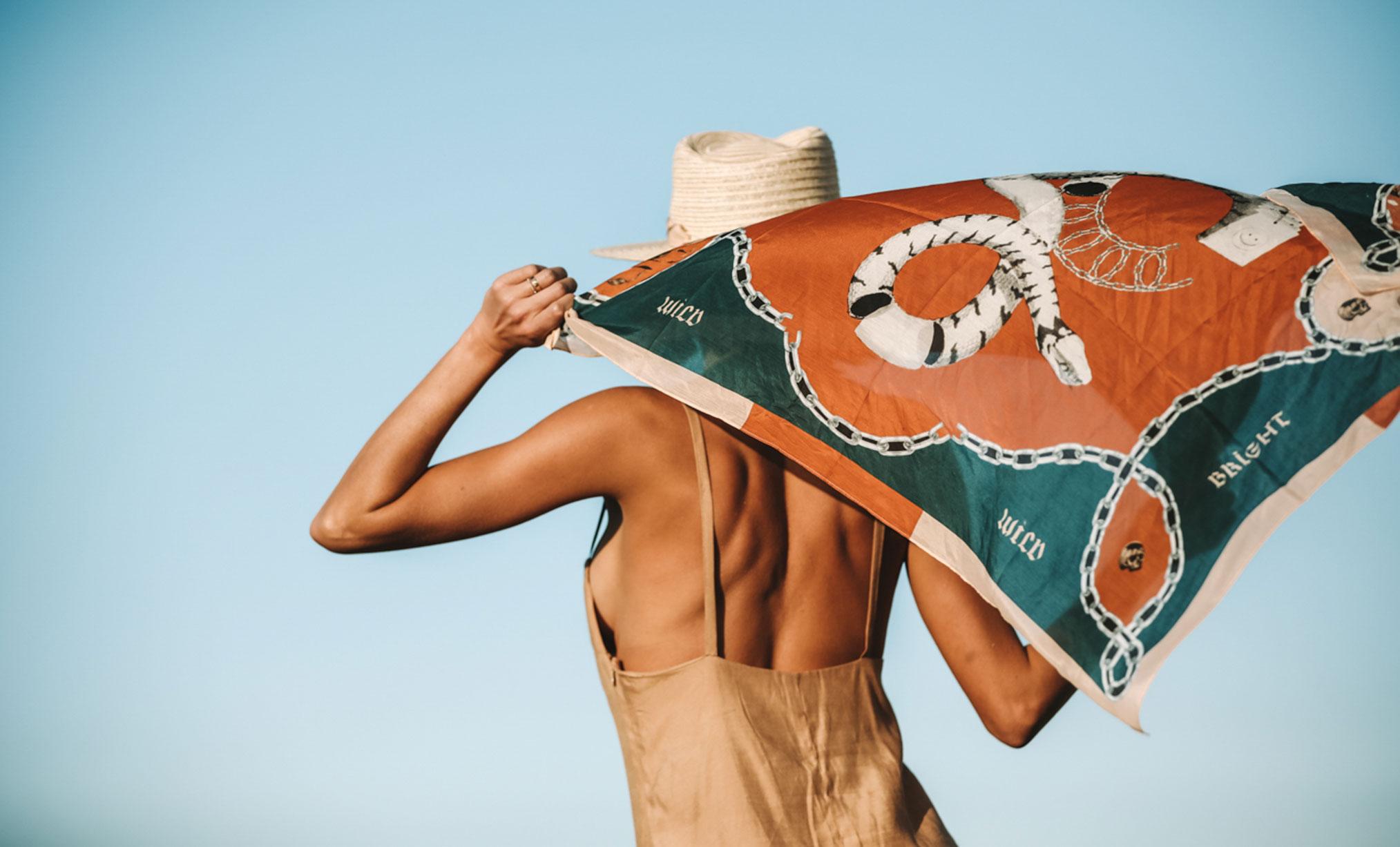 Поездка по Марокко в рекламе шляп, косынок и бандан Fringe and Frange / фото 01