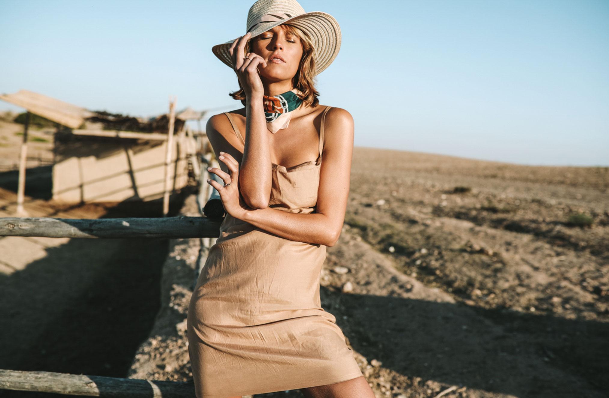 Поездка по Марокко в рекламе шляп, косынок и бандан Fringe and Frange / фото 02