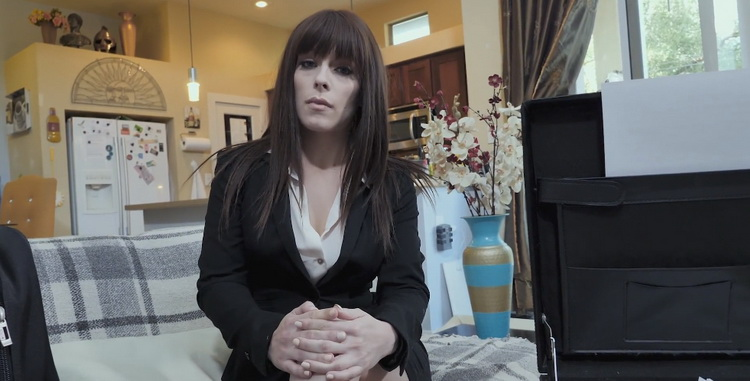 [MYLF] - Kiara Edwards - Busty MILF Fucked during self Isolation by Horny Housemate (2021 / FullHD 1080p)