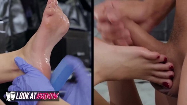 Kimmy Granger - Kimmy Granger Gets her Feet Covered with Cum [LookAtHerNow] (FullHD|MP4|624 MB|2021)