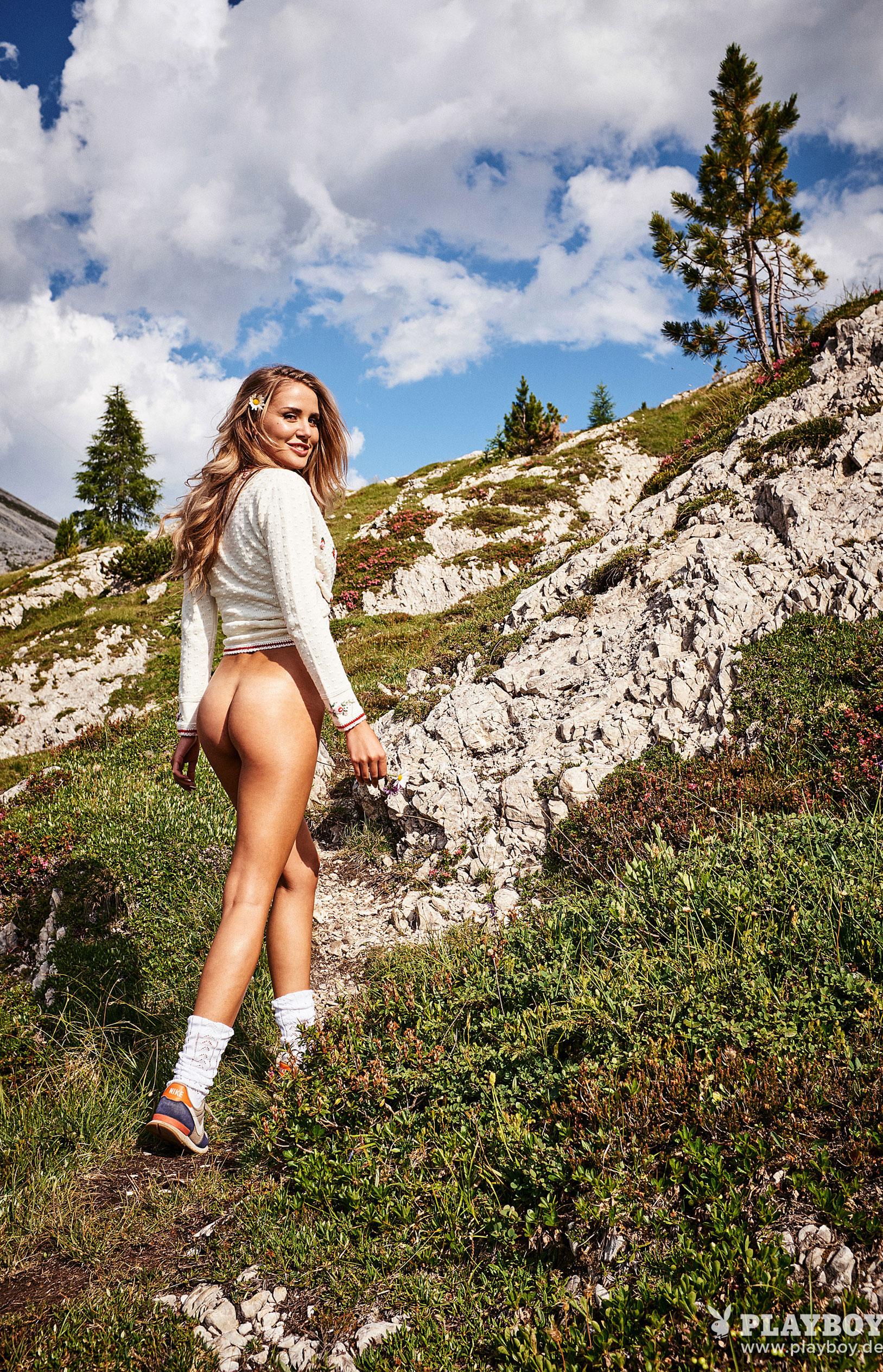 Julia Prokopy - девушка месяца Playboy Germany, октябрь 2018 / фото 07