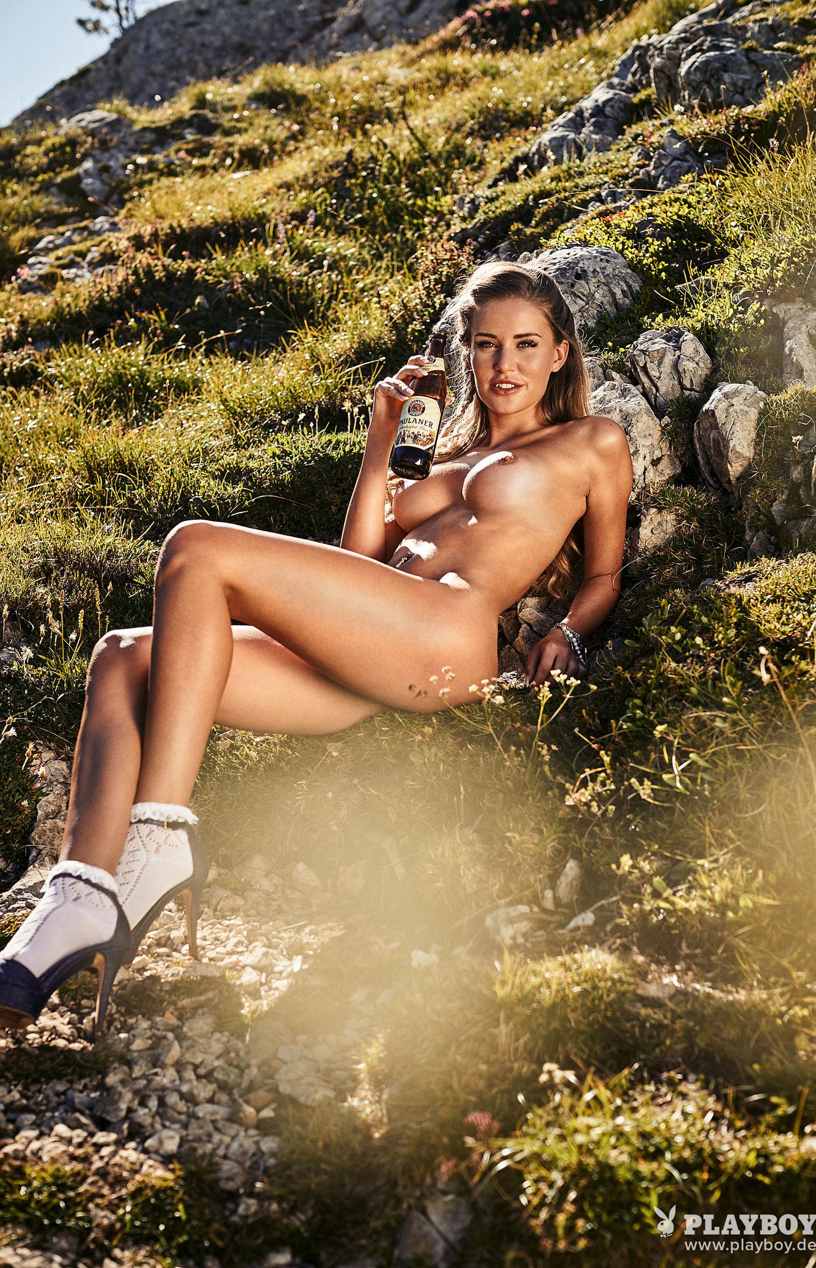 Julia Prokopy - девушка месяца Playboy Germany, октябрь 2018 / фото 08