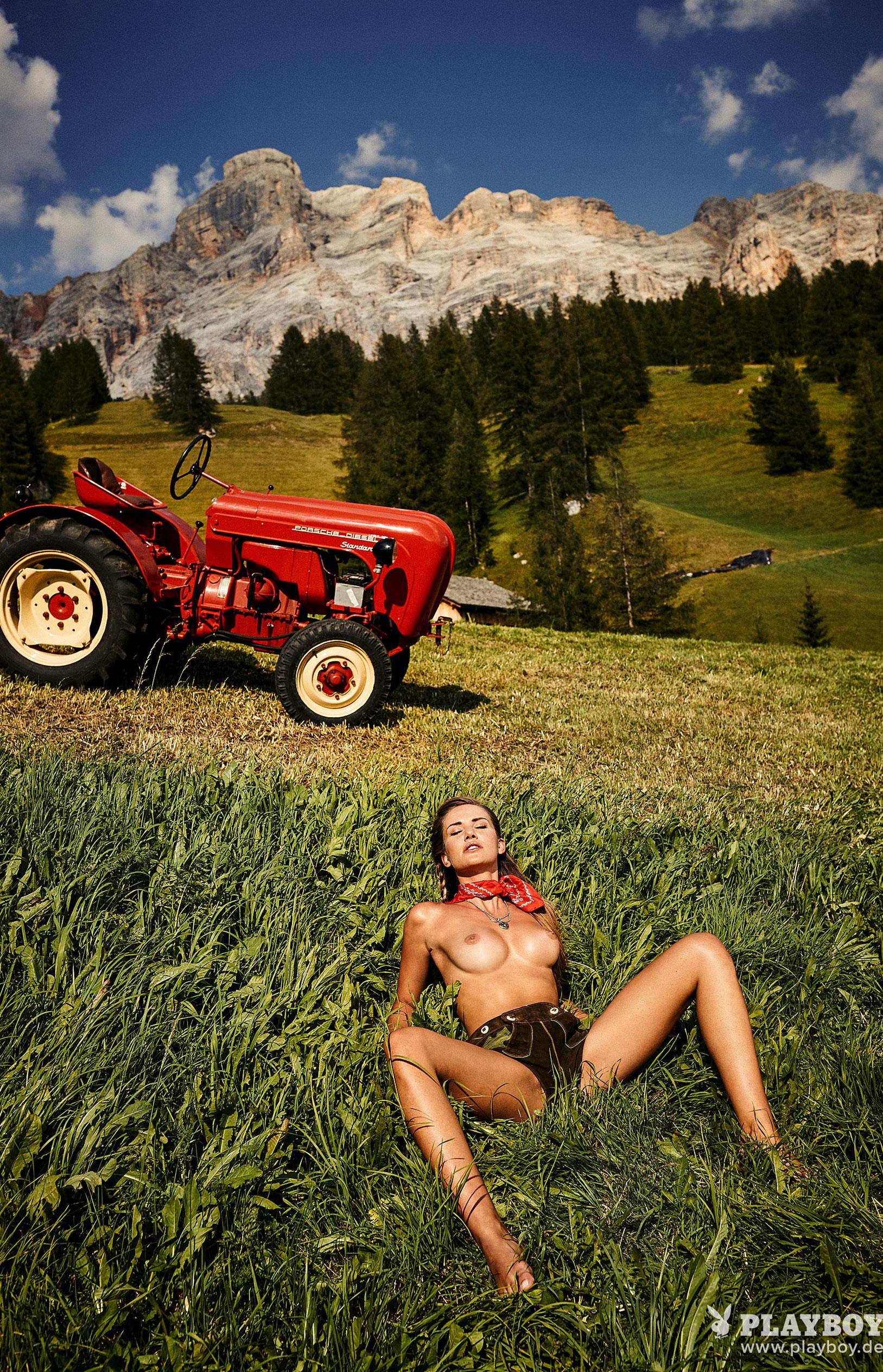 Julia Prokopy - девушка месяца Playboy Germany, октябрь 2018 / фото 11