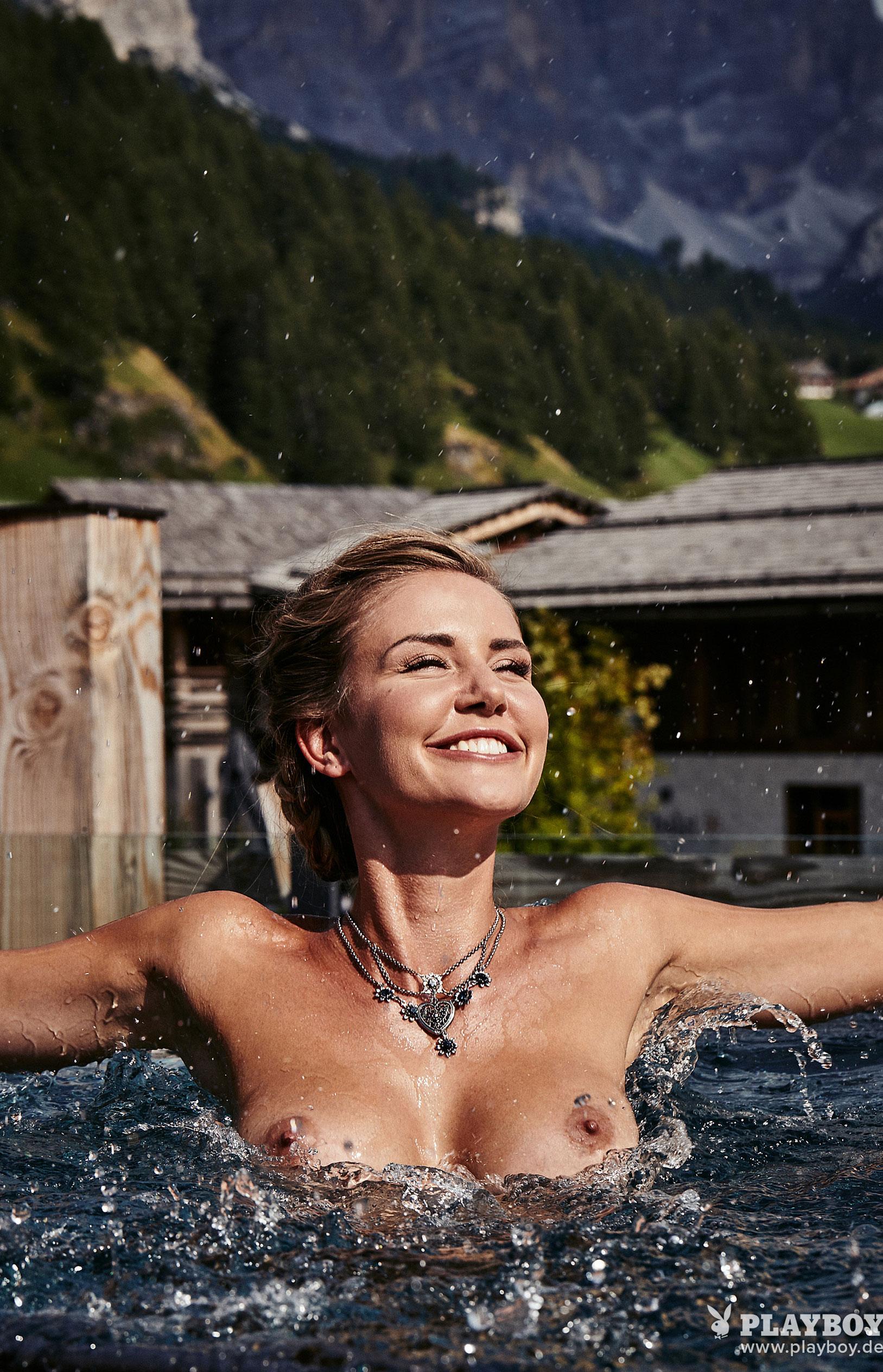 Julia Prokopy - девушка месяца Playboy Germany, октябрь 2018 / фото 20