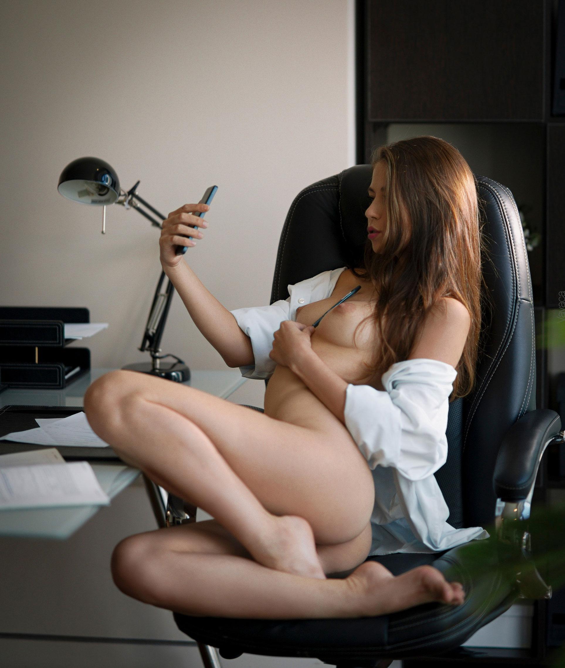 сексуальная Виктория Алико в роли секретарши мечты / фото 06