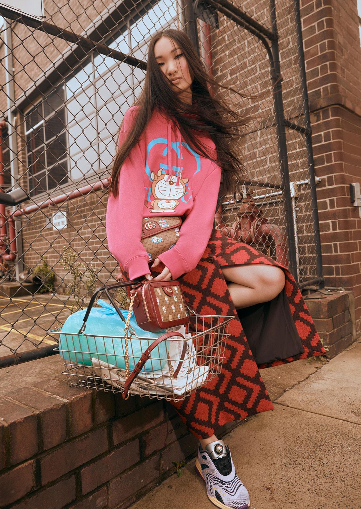 Обувь и сумочки новой коллекции Doraemon x Gucci / фото 03
