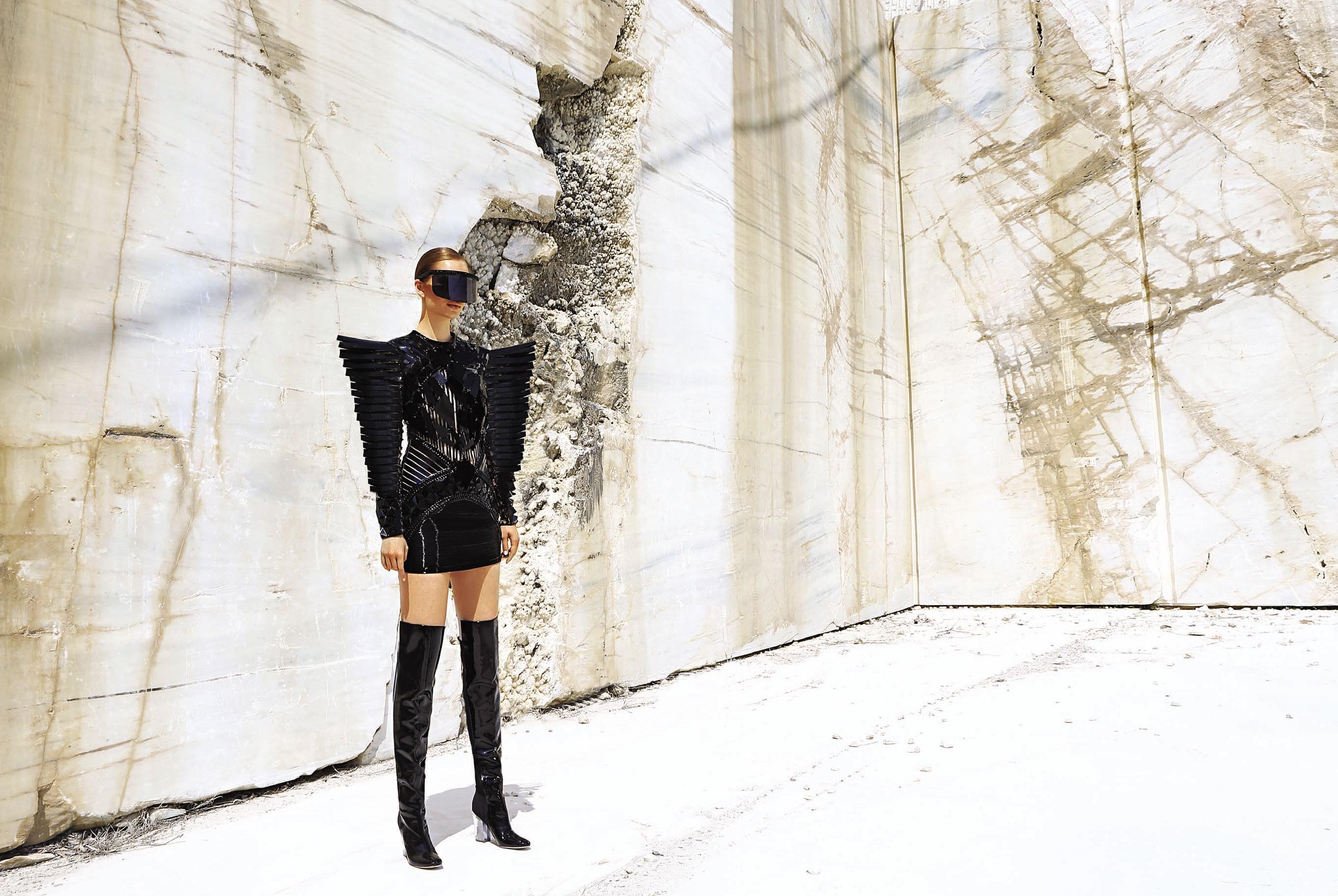 Юлия Забровская примеряет доспехи космического Одиссея / фото 13